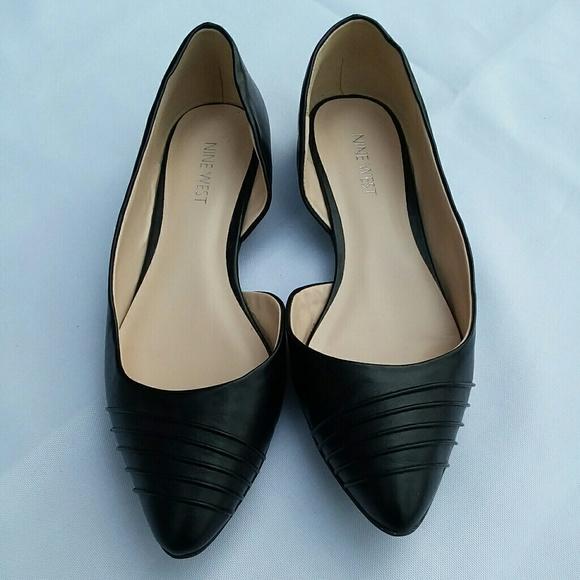 womens black flat shoes size 7